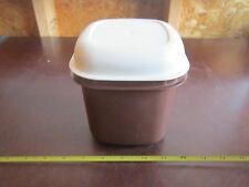 vintage Tupperware 1466-10 mini brown ice bucket storage container with lid