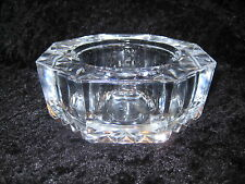 GORGEOUS OCTAGON SHAPED GLASS PAPER WEIGHT - LOVELY DESIGN - LOTS OF DETAIL