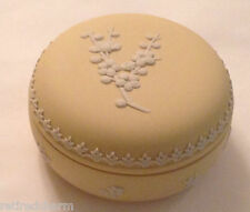 ❤WEDGWOOD JASPERWARE YELLOW PRIMROSE TRINKET BOX CANDY POWDER DISH ROUND VNTAGE❤