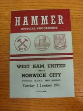 01/01/1974 West Ham United v Norwich City  (Creased, Team Changes). Condition: L
