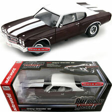 1:18 AUTOWORLD /ERTL 1970 Chevy Chevrolet Chevelle SS darkred/white