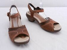 Used Womens 6 MERRELL Luxe Strap Bagpipe Brown Leather Buckle Ankle Strap Sandal