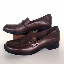 Clarks Women Sz 9M Brown Leather Loafers Business Casual Dress Shoes Slip On