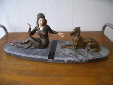 Original Art Deco Skulptur Figur Frau mit Hund Windhund R. Scali Frankreich
