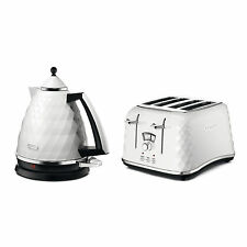De'Longhi Brillante Faceted White Kitchen Electric Kettle/ 4 Slice Toaster Combo