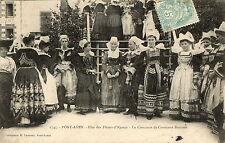 PONT AVEN (29) fete concours de costumes Bretons gros plan