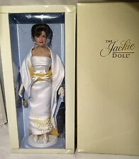 Franklin Mint Jackie Kennedy Doll & 7 Oleg Cassini Outfits Wardrobe Trunk Lot