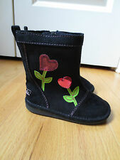 Baby Girl PINK JEWEL GEM FLOWERS HEARTS BLACK FAUX SUEDE boots NWT 4