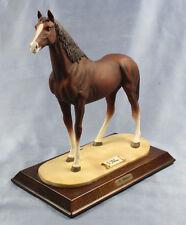 Trakener Warmblut Pferdefigur pferd alt Porzellan Belari perfekt