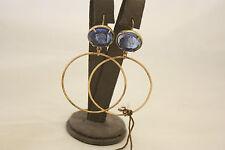 Orecchini a cerchio Patrizia Daliana in bronzo rosato con cammeo in vetro blu