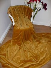 """VINTAGE THICK GOLD VELVET CURTAIN 86"""" W X 87"""" Lng (219 X 221cms )  2 Available."""