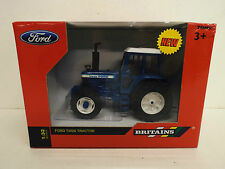 BRITAINS FARM 42840 FORD TW20 TRACTOR MIB   (BS925)