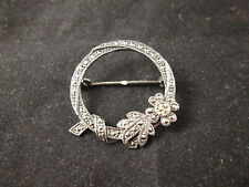 VINTAGE STERLING MARQUISETTE WREATH PIN