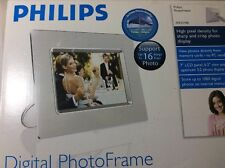 "Philips 7"" Digital Picture Photo Frame - chrome silver finish - 7FF2CME"