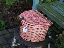 WICKER BICYCLE PINK BASKET WITH LID FASTNER HANDLE BAR MOUNTS