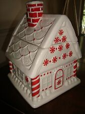 Williams Sonoma Peppermint House Cookie Jar   NEW  VeRy CuTe!!!