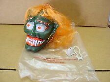 VINTAGE 1960s 1970s MONSTER SHRUNKEN HEAD CAR MIRROR HANGER FOR RAT HOT ROD MINT