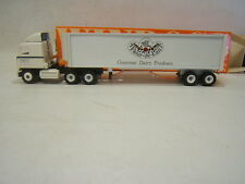Winross Fleur de Lait Food New Holland PA Mack Cab Tractor Trailer MIB