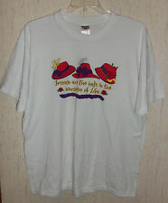 """NWOT WOMENS """"Friends are the hats in the Wardrobe of Life"""" T-SHIRT  SIZE XL"""