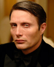 Mikkelsen, Mads [Casino Royale] (21690) 8x10 Photo