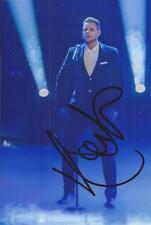 BOYZONE: KEITH DUFFY SIGNED 6x4 SEXY LIVE PHOTO+COA