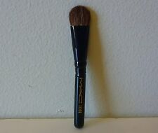 1x MAC Eye Shadow / Fluff Brush, #213 SE, mini size, Brand New! 100% Genuine!!