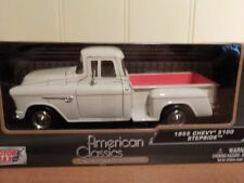 Chevrolet 5100 Stepside, Model Car. 1955 1/24 Scale  G Scale