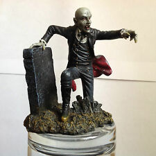 BEAST AND BEINGS COUNT DRACULA HORROR FIGURE  HACHETTE COLLECTABLE