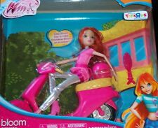 WINX CLUB * BLOOM with SCOOTER * 2012 11.5 Tall NRFB