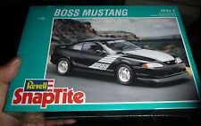 REVELL BOSS MUSTANG SNAP-TITE 1/25 Model Car Mountain FS