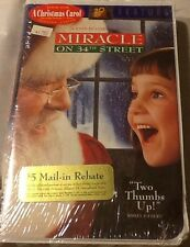 MIRACLE ON 34TH STREET~FAMILY FEATURE~1994 VHS~FACTORY SEALED TAPE
