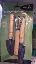 Gardening Tools Set With 3 pc Mini Wooden Handle Trowel Cultivator Rake & Spade