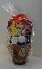 2017 M&M'S RED & YELLOW CHARACTER LIMITED EDITION VALENTINE TIN & YELLOW PLUSH
