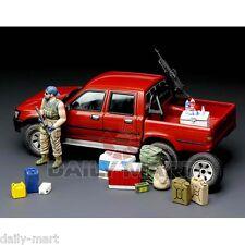 Meng Model 1/35 VS-002 Pick Up with Equipment Plastic Model Kit VS002