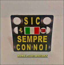 1:18 Pitboard F1 Formula1 Fernando Alonso Ferrari Simoncelli 2011 to minichamps