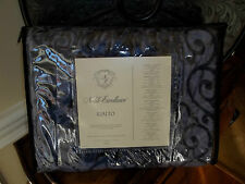 NIP Noble Excellence Rialto Imperial Navy Velvet Scroll Queen Duvet Cover
