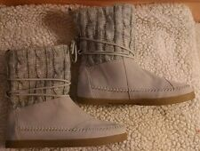 TOMS Light Gray/Silver Suede/Knit Nepal Mid Calf Womens Boots, Size 8.5