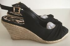 Ladies Black Wedge Shoe New Size 7