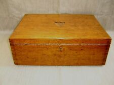 ANTIQUE / VINTAGE WOODEN BOX CHEST / COLLECTOR'S BOX / OLD CUTLERY BOX ref:box10
