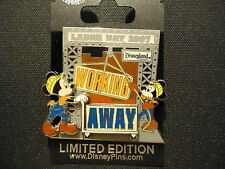 DISNEY DLR LABOR DAY 2007 MICKEY AND MINNIE MOUSE PIN ON CARD LE 1000