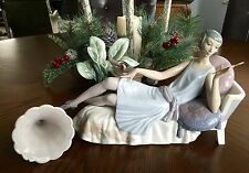 "Lladro ""Lady Lying on Divan"" (5176 Christmas) Gorgeous Please See Description"