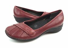 Hush Puppies Zero G Womens 8.5W Red Leather Button Pleated Flats Loafers Shoes