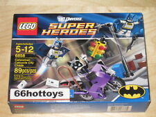LEGO DC SUPER HEROES 6858 Catwoman Catcycle City Chase NEW