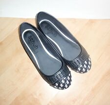 NEW Schuh womens GE WOVEN PUMP black slip on casual shoes size 8