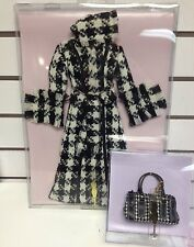 "Tonner - 16"" Tyler Wentworth Boutique Checker Bold Coat & Purse set - NRFB"