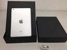 Apple iPad Mini 16GB, Wi-Fi, 7.9in-White-Grade B-UK Version-GOOD CONDITION