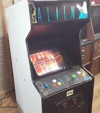 1990 ALIENS Stand Up Arcade Game by KONAMI n Nice ROCK OLA Cabinet