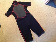 New  Junior XL DBX 3/2 MM Shorty Wetsuit.  Black, gray, red