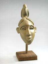 Masque passeport Bénin sur socle en bois - bois Bété