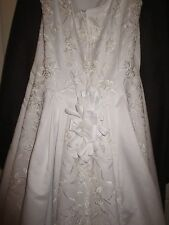Yvonne LaFleur Private Designer White Wedding Dress * Beautiful Embroidered * 12
